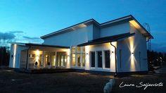 Ulkovalaistus/Utomhus ljus/Outdoor Light/Konstmide Modena/Valkoinen rappaus/Modernit ulkovalot Villa, Boconcept, Mansions, Lighting, House Styles, Outdoor Decor, Home Decor, Houses, Heel