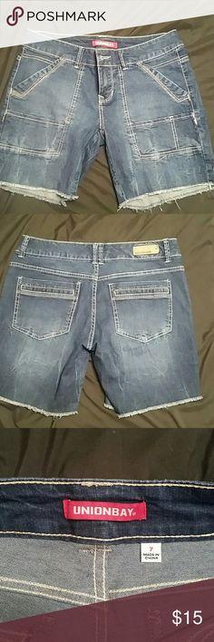 Unionbay shorts Junior size 7 Unionbay Bermuda shorts. New without tags! UNIONBAY Shorts Jean Shorts