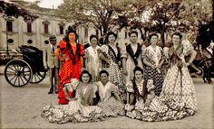 La Feria de Seville 1935. Spain Culture, Popular Culture, 1930s, Dresses With Sleeves, Long Sleeve, Painting, Fashion, Antigua, Fotografia