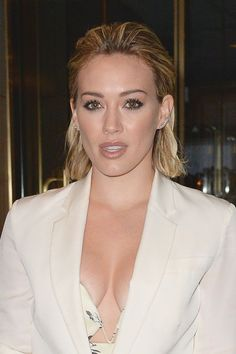 Want a quick study on the best of this century's on-trend beauty? Then Hilary Duff is your girl.