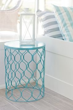 spray paint trash can, flip, instant side table! by erika