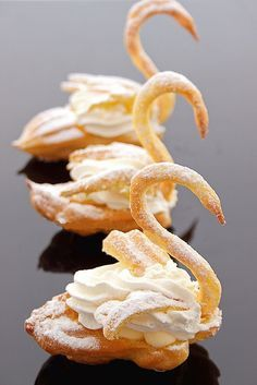 Cream Puff Swans - forgot all about these! Made them in pastry school. Desserts For A Crowd, Fancy Desserts, Cream Puff Swans Recipe, Swan Recipe, Baby Food Recipes, Gourmet Recipes, Gourmet Desserts, Cookie Recipes, Classic French Desserts