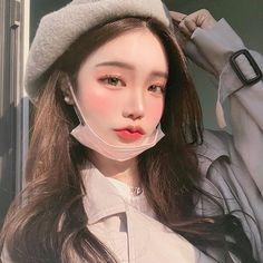 164 images about ˗ˏᥲ꧑ιᥒ᥆ thᥱ꧑ᥱ° ༘ੈ on We Heart It Pretty Korean Girls, Cute Korean Girl, Beautiful Asian Girls, Aesthetic People, Aesthetic Girl, Cute Girl Pic, Cute Girls, Ulzzang Makeup, Anime Girl Neko