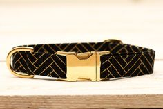 Dog Collar Chevron Metallic Gold, Herringbone, Wedding Dog Collar, Black and Gold    This dog collar makes a great everyday collar or a special