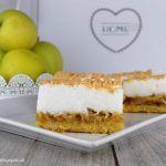 Jablkový koláč so snehom - NajRecept.sk Tiramisu, Cheesecake, Ethnic Recipes, Desserts, Food, Tailgate Desserts, Deserts, Cheesecakes, Essen