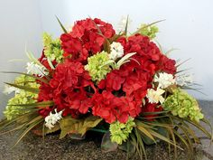 Centerpiece Floral Arrangement with Red Hydrangeas, Table Top Centerpiece, Dining Table Centerpiece, Gift Ideas, Holidays,