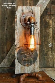 Steampunk Industrial Lamp, Barn Wood Re-Claimed John Deere Farm- Retro Lighting, Rustic Lighting, Industrial Lighting, Industrial Table, Industrial Furniture, Vintage Industrial, Lighting Ideas, Table Vintage, Pipe Lamp