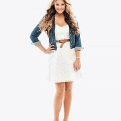 Soo cute! I love it with the jean jacket!!