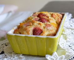 Swedish cake with pumpkin, rhubarb and strawberries - recipe in polish language... Can anyone translate this for me?