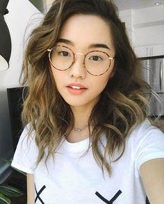 Janessa Brazil hot girls wearing glasses en 2018