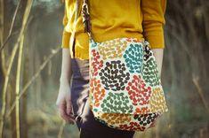 Cold Hands Warm Heart: Braided Belt Messenger Bag Tutorial Belt for bag So cool! Fall Sewing Projects, Sewing Crafts, Sewing Tips, Sewing Tutorials, Craft Projects, Purse Patterns, Sewing Patterns, Diy Messenger Bag, Diy Braids