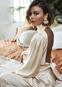 Nathalie-Kelley for A Conscious Collection Magazine Source by Thesilksneaker dresses Nathalie Kelley, Night Out Tops, Looks Street Style, Fashion Beauty, Womens Fashion, Fashion Fashion, Fashion Brands, Fashion Tips, Mode Inspiration