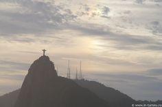 Cristo Redentor, Rio de Janeiro Monument Valley, Travel Destinations, Heaven, Places, Nature, Christ The Redeemer, Rio De Janeiro, Road Trip Destinations, Sky