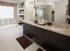 Bathroom, via Flickr.