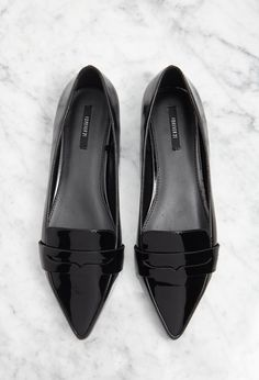 Pointed Faux Leather Loafers | Forever 21 Canada-2000095979