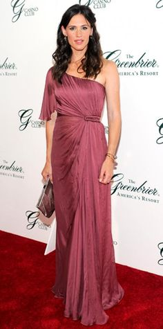Look of the Day › July 6, 2010 WHAT SHE WORE Garner attended the opening of the Casino Club in White Sulphur Springs, West Virginia sporting a mauve single-sleeve Alberta Ferretti goddess gown and Neil Lane diamonds.
