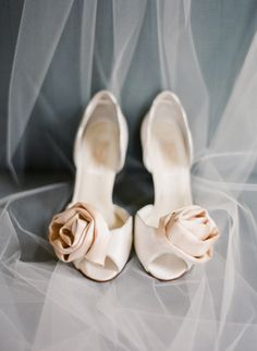 Rose wedding shoes: http://www.stylemepretty.com/2013/04/10/lexington-kentucky-wedding-from-nina-mullins-photography/ | Photography: Nina Mullins - http://ninaandwes.com/