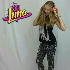 Hannah Montana, Bari, Ariana Grande, Youtubers, Celebrity, Women, Fashion, Moda, Fashion Styles