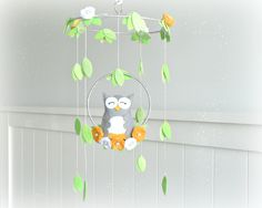 Owl mobile - Woodland - baby mobile - nursery decor - You pick your colors - yellow, gray, silver, white - mobile.