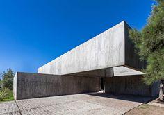 Casa M by Estudio Aire | the PhotoPhore