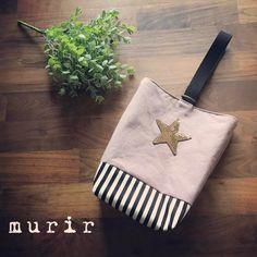 いいね!45件、コメント21件 ― murir▲▲▲ミュリールさん(@___murir)のInstagramアカウント: 「【オーダーストップですありがとうございました♡】 上靴袋★★★ くすみカラーにキラキラスパンコール。 #入学準備#入園準備#上靴袋#シューズバッグ#上履き入れ…」