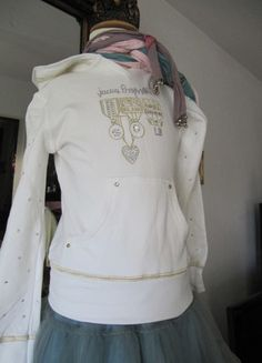 Kaufe meinen Artikel bei #Mamikreisel http://www.mamikreisel.de/kleidung-fur-madchen/hoodies-slash-kapuzenpullover-star/14266747-hoodi-laura-biaggiotti-dolls-gr-5-6-j-pullover-jacke-swarovski-steine-blink
