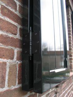 vouwluik Door Handles, Doors, Home Decor, Door Knobs, Decoration Home, Room Decor, Home Interior Design, Home Decoration, Interior Design