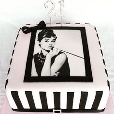 #birthdaycake #customicing #edibleimage #blackandwhite #21stbirthdaycake #cake #cakedecorating #cakeideas 📷: @tantasticcakeshttps://www.instagram.com/p/BM2UbDhlJy6/birthdaycake,21stbirthdaycake,blackandwhite,customicing,edibleimage,cakedecorating,cake,cakeideas