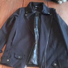 Black lightweight moto jacket Perfect spring jacket. Pairs with anything. Small in arms and chest. *Open to offers * Forever 21 Jackets & Coats