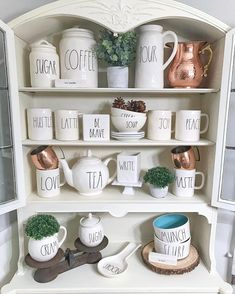 The mix of copper with her Rae Dunn! New Kitchen, Kitchen Dining, Kitchen Decor, Kitchen Ideas, Dining Room, Country Farmhouse Decor, Farmhouse Chic, Handmade Copper, Kitchen Remodel