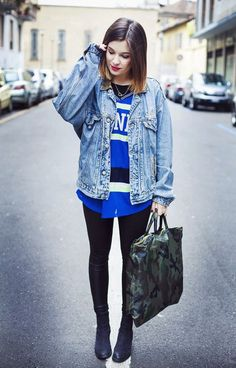 Style a worn-in denim jacket with a jersey and skinny jeans.
