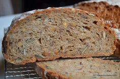 felie de paine integrala multicereale seminte savori urbane