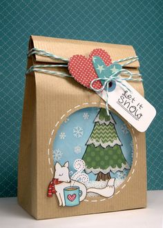 Shaker treat bag by Yainea, via Flickr  Lawn Fawn Winter Fox, Frosties, Critters in the Forest