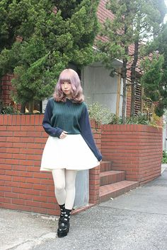 Tokyo Street Style, Japanese Fashion, Fashion Pictures, Kimono, Classy, Kawaii, My Style, Street Fashion, Cute