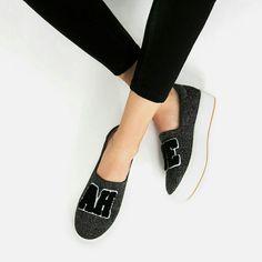 Zara Patch Sneakers (5635)