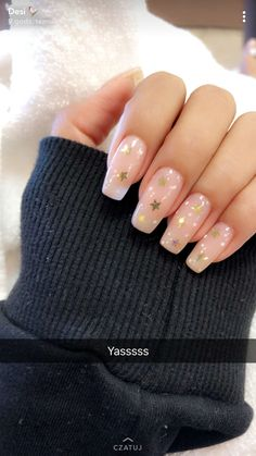 40 Cute Star Nail Art Designs For Women 2019 - Page 17 of 40 Nail Desing cute nail designs Acrylic Nails Natural, Cute Acrylic Nails, Cute Nails, Pretty Nails, Holiday Acrylic Nails, Cute Nail Art, Holiday Nails, Star Nail Art, Star Nails