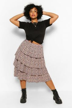 Curvy Girl Outfits, Modest Outfits, Trendy Outfits, Midi Skirt Outfit, Skirt Outfits, Plus Size Skirts, Plus Size Outfits, Fashion Ideas, Fashion Outfits