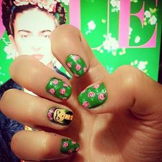 Nails frida kahlo art