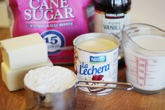 Ingredients 3 lbs Castor Sugar 1 cup Cake Flour ½ pound Butter 1 can g) Sweetened Condensed Milk 1 cup Full Cream Milk 1 ml salt 10 ml vanilla essence Fudge With Condensed Milk, Crockpot Recipes, Cooking Recipes, What's Cooking, Candy Recipes, Dessert Recipes, Old Fashioned Fudge, Pumpkin Fudge, Vanilla Fudge