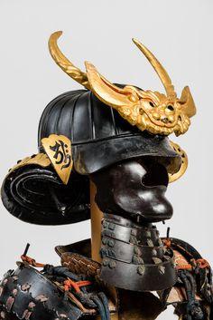 ARMOR OF A SAMURAI WITH HELMET | Gallery Zacke