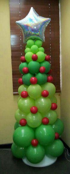 Árbol en globos hecho por mi hermanita :)