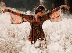 Modern Bohemian chic, gypsy style top. FOLLOW http://www.pinterest.com/happygolicky/the-best-boho-chic-fashion-bohemian-jewelry-gypsy-/ for the BEST hippie fashion trends in clothing & jewelry.