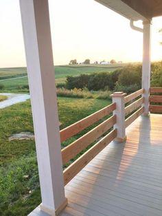 Diy front porch railing designs wood - horizontal railings on the porch newlywoodwards diy front porch Front Porch Railings, Deck Railings, Railing Planters, Horizontal Deck Railing, Aluminum Railings, Curved Pergola, Deck Pergola, Pergola Curtains, Pergola Kits