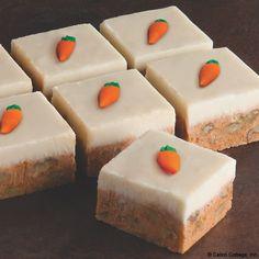 Carrot Cake Fudge-oh my goodness Fudge Recipes, Candy Recipes, Sweet Recipes, Baking Recipes, Dessert Recipes, Just Desserts, Delicious Desserts, Yummy Food, Cupcakes