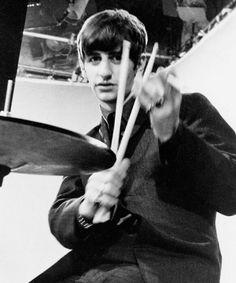 cosas bien kreisys d los Beatles - poor George Ringo Starr, Great Bands, Cool Bands, Liverpool, The Quarrymen, El Rock And Roll, Richard Starkey, John Lennon Beatles, Beatles Songs