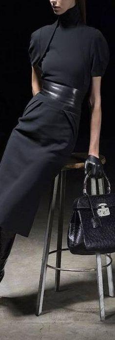 c5c7bebdbb2 Minimal + Classic Style    all black outfit