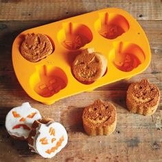 The 11 Best Halloween Bakeware Essentials