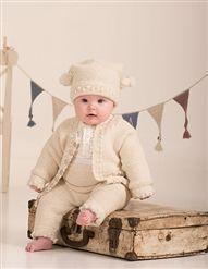 Se og udskriv gratis opskrift her. Helene er strikket i Sky og Air fra Du… Knitting For Kids, Baby Knitting, Baby Barn, Our Baby, Winter Hats, Crochet Hats, Hipster, Teddy Bear, Sky