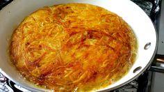 Aprenda a fazer um batata rosti, crocante por fora, macia por dentro, e uma ótima opção para acompanhar um prato.