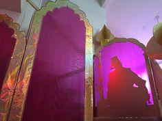 Andrea's Arabian Nights: Magalie Sarnataro's props : front yard